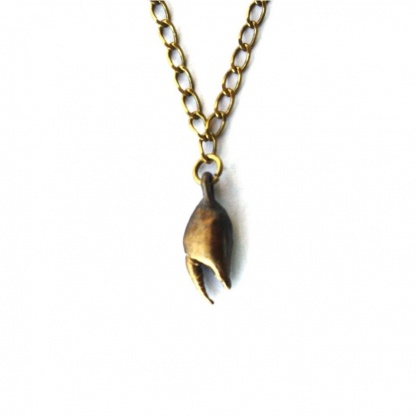 Mini crab claw necklace