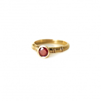 Ribbed Ruby Ring