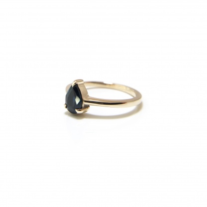 Midnight Pear Sapphire Solitaire