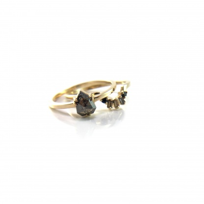 Diamond and Spinel Contour Band
